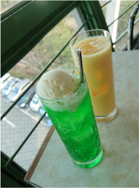 クリームソーダとミックスジュース.png